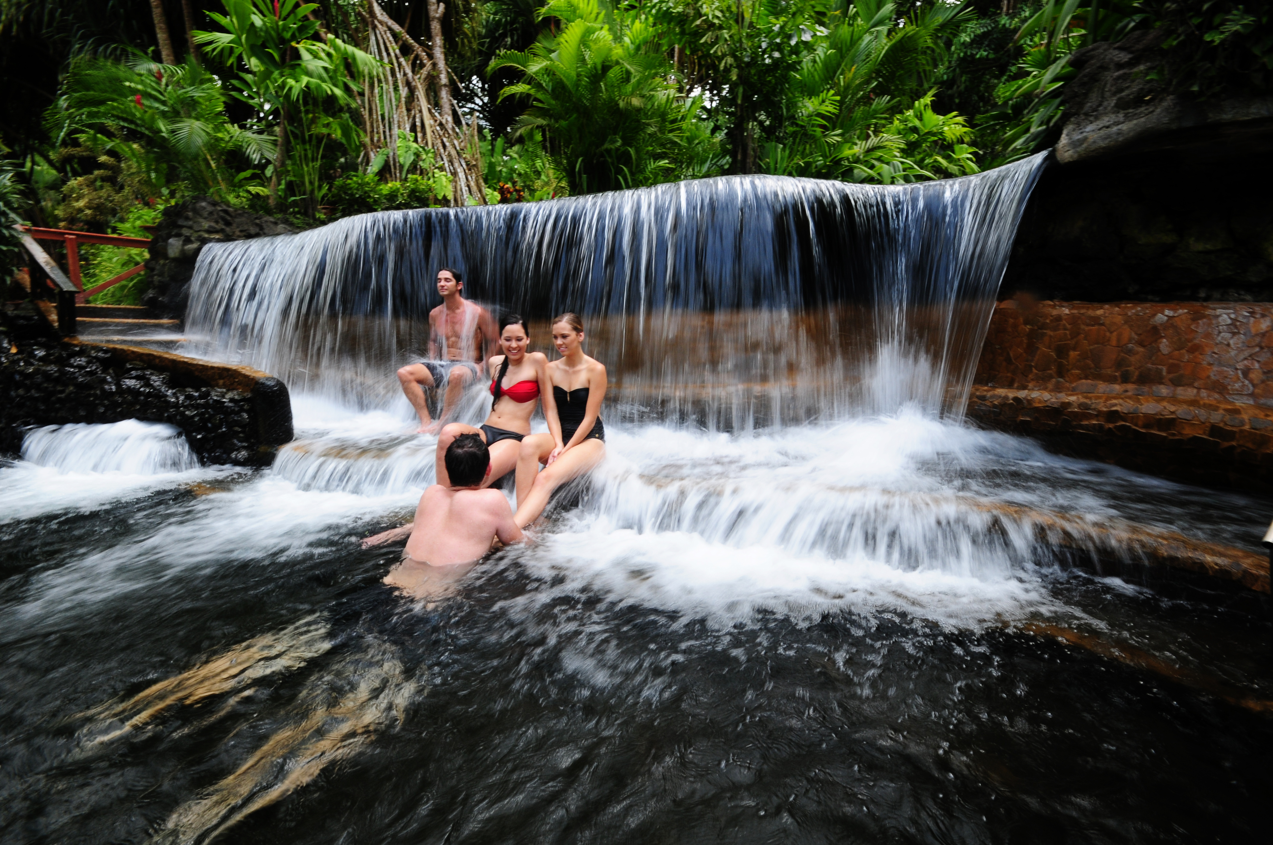 This Hot Spring Is a Vacation In Itself