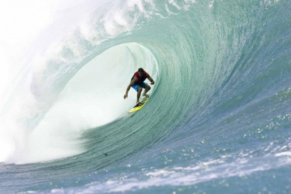 paddle in surf, big wave surfing, Mavericks surf, Half Moon Bay surf, giant surf, tow-in surfing, huge surf, Teahupoo, chopes