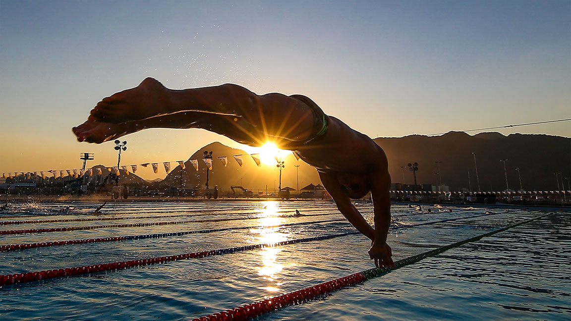The Fat-Burning Swimming Workout to Lose Weight and Gain Strength