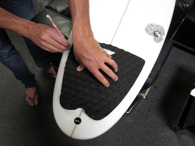 How To Apply A Traction Pad