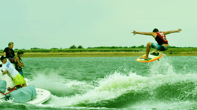 The new sport of wakesurfing is on the rise