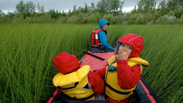 kids and canoeing