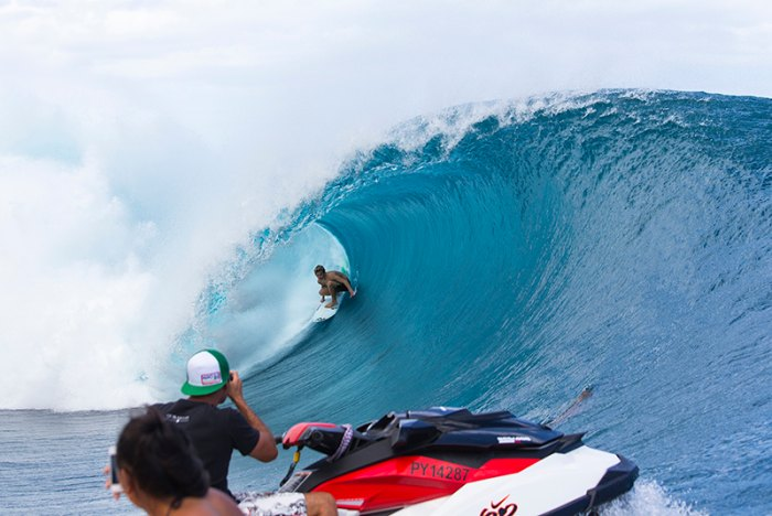 Young Australian Jack Robinson on his first trip to Tahiti gets his own inside view last week. Photo ASP/Stacey