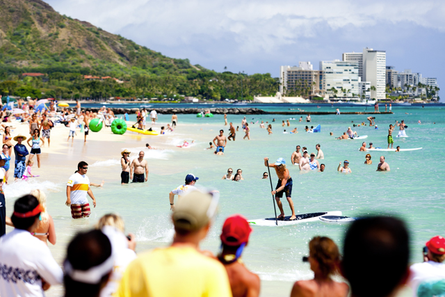 North American SUP destination, honolulu, hawaii, oahu, canoes, queens, waikiki, south shore, jenny lee, ryan foley, paddle town battle, stand up paddling, paddle surfing