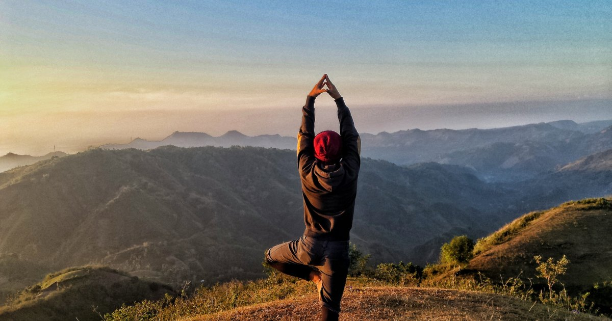 The 8 Best Yoga Poses for Men