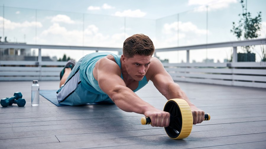 Man doing ab rollout