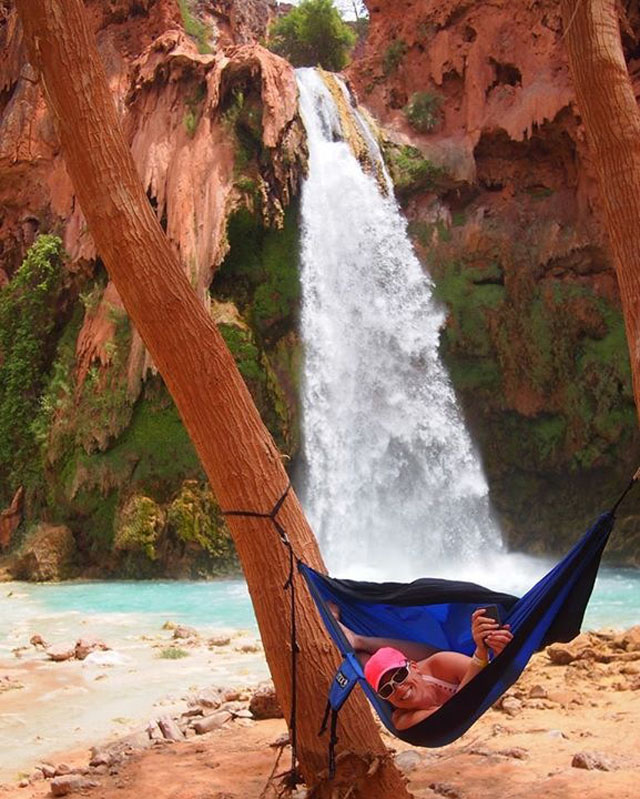 A photo of Strodel in a hammock in Havasupai, Arizona, was the inspiration for @HammockLiving. Photo: Courtesy of @HammockLiving