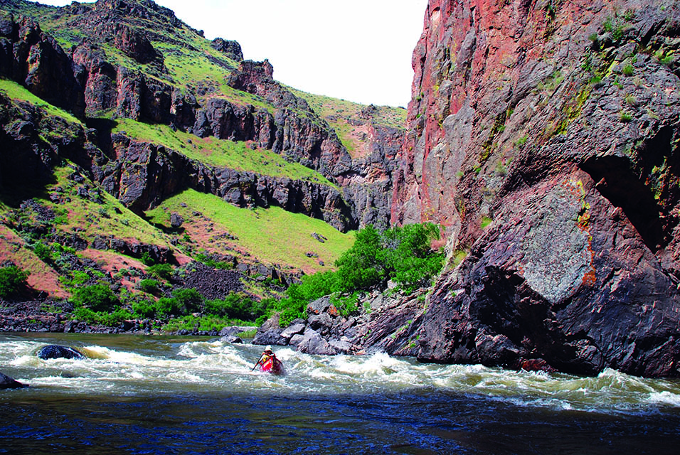 Squeeze Rapid in Iron Point Canyon on the Owyhee River in Oregon. Photo by Thomas O'Keefe