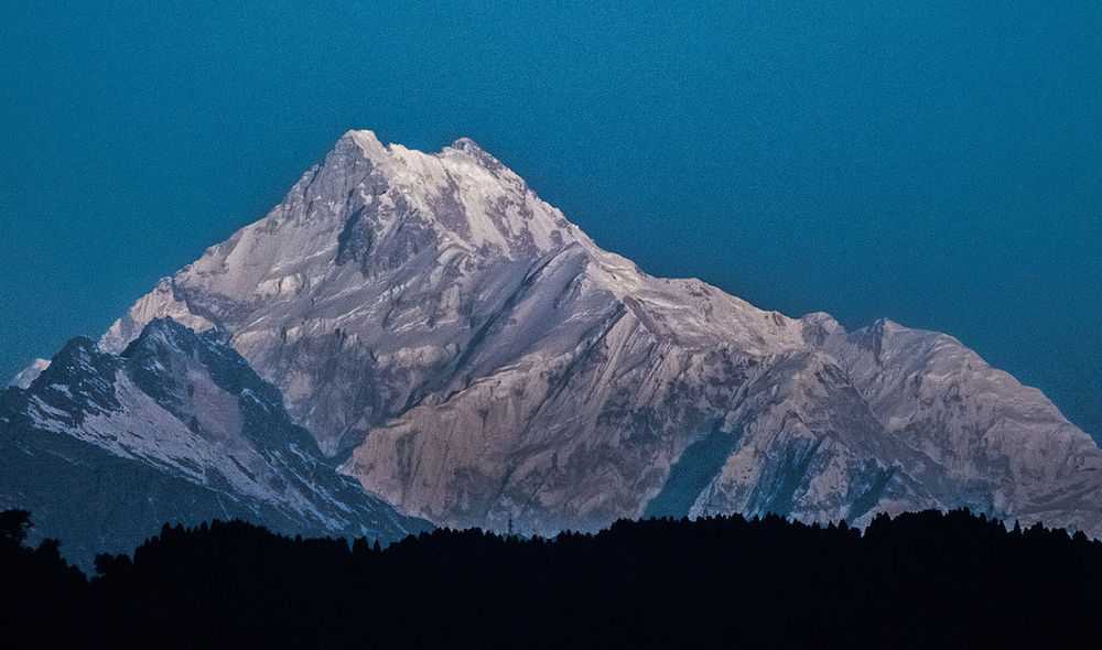 dangerous mountains - kangchenjunga