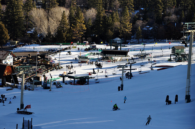A skiing accident at Bear Mountain resulted in the death of a 21-year-old student.