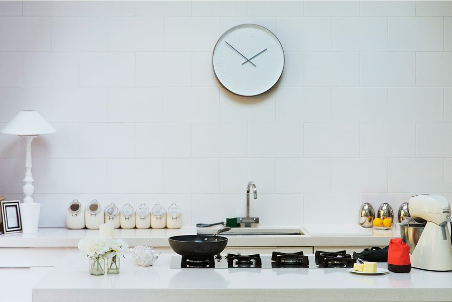 clock-on-wall-in-kitchen