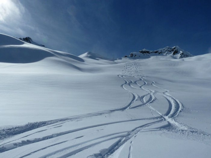 Only a chopper will get you fresh tracks on the Lyall Glacier above Telluride. Photo HeliTrax