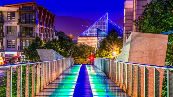 Holmberg Glass Bridge in downtown Chattanooga, TN