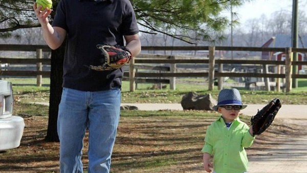 """Davic Michael Lyons and his 4-year-old son Jackson were """"inseparable."""""""