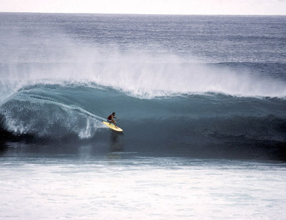 Gerry Lopez surfing Pipeline in 1972. Photo: Courtesy of GerryLopezSurfboards.com