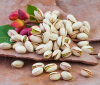 Raw pistachio nuts, a great source of antioxidants