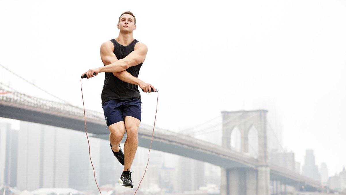10 Intense Weight-Loss Workouts Under 10 Minutes