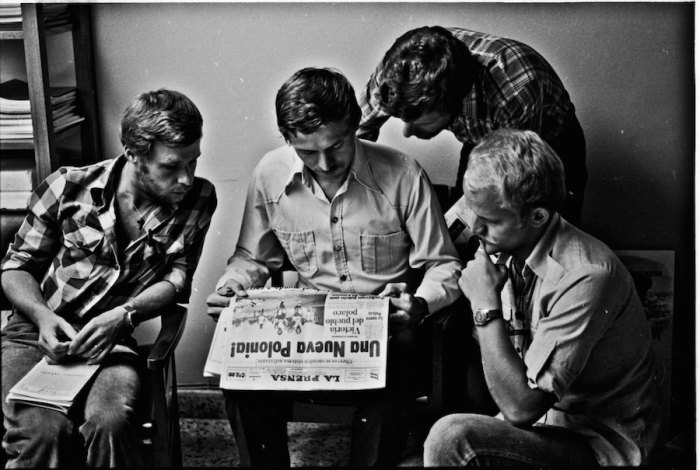The Canoandes learn of Solidarity's victory in the Gdansk Shipyard Strike from a Panamanian Newspaper, September 10, 1980. Photo by Zbigniew Bzdak