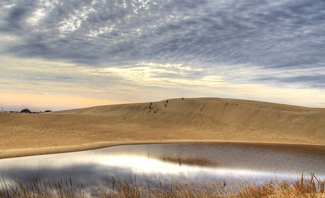 """Jockey's Ridge isn't your traditional """"hike"""" but the biggest dunes on the East Coast are a must sea. Photo: Patrick McKay/Flickr."""