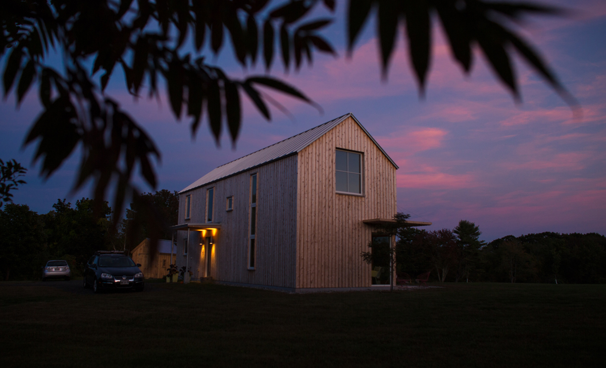 Photographer Nick LaVecchia and his family live in this 987 square-foot home that runs completely on solar. Photo: LaVecchia.