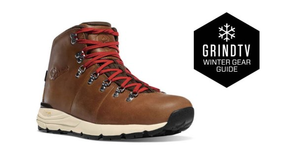 Grind_tv_winter_gear_guide_mens_hiking