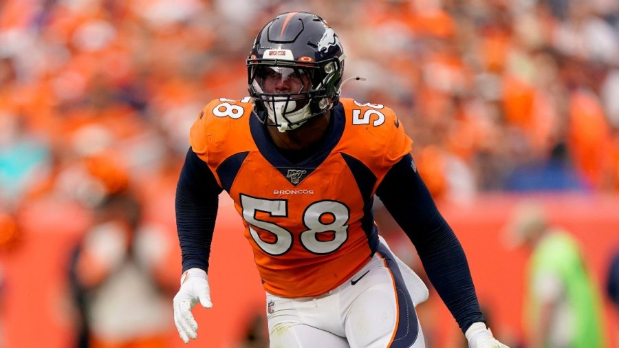 Broncos Football, Denver, USA - 15 Sep 2019 Denver Broncos outside linebacker Von Miller (58) lines up against the Chicago Bears during the second half of an NFL football game, in Denver 15 Sep 2019 Image ID: 10415516a Featured in: Broncos Football, Denver, USA - 15 Sep 2019 Photo Credit: Jack Dempsey/AP/Shutterstock