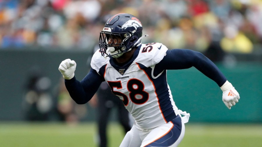 Broncos Football, Green Bay, USA - 22 Sep 2019 Denver Broncos outside linebacker Von Miller takes up his position during the second half of an NFL football game against the Green Bay Packers, in Green Bay, Wis 22 Sep 2019 Image ID: 10422807c Featured in: Broncos Football, Green Bay, USA - 22 Sep 2019 Photo Credit: Matt Ludtke/AP/Shutterstock