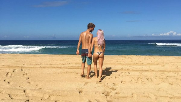 Surfing's couples