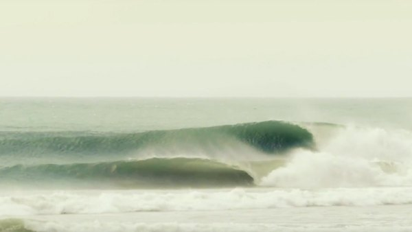Mick Fanning perfect waves