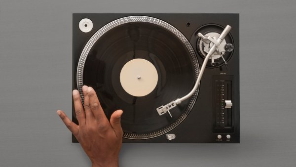Hand over turntable