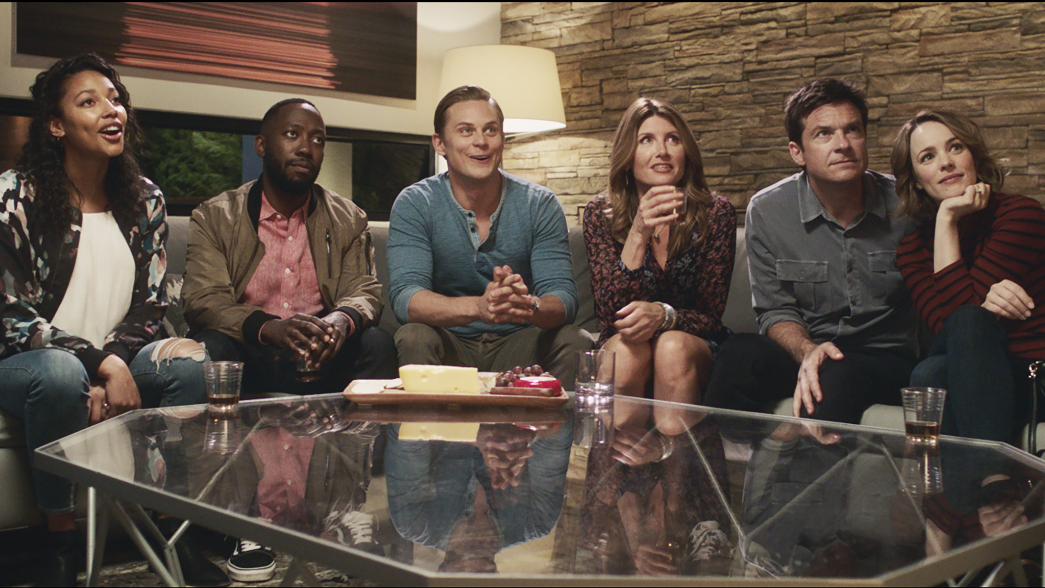 Kylie Bunbury, Lamorne Morris, Billy Magnussen, Sharon Horgan, Jason Bateman, and Rachel McAdams in 'Game Night.'