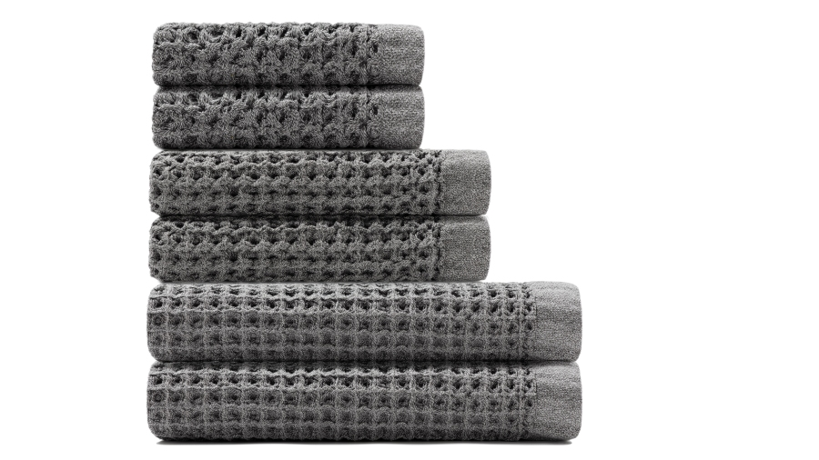 onsen bath towels are on sale on huckberry right now. Black Bedroom Furniture Sets. Home Design Ideas