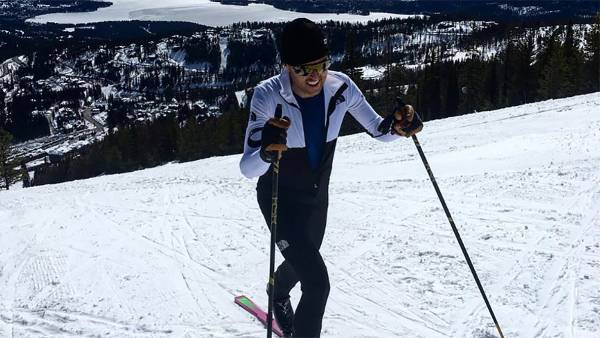 MikeFooteVerticalSkiRecord