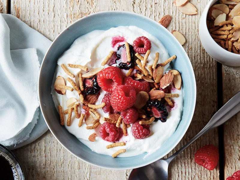 Greek yogurt with berries