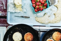 Skillet Biscuits With Everything Spice
