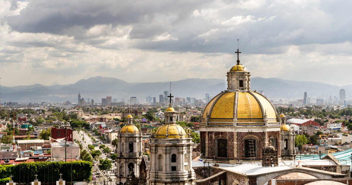 Mexico City Travel Guide: Aztec Temples, Street Tacos, and Lucha Libre