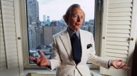 Author Tom Wolfe in his Upper East-Side apartment, New York City, 21st October 2004. (Photo by David Corio/Redferns)