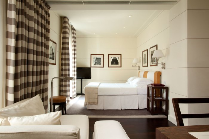 The Lungarno Collection: GALLERY Hotel Art
