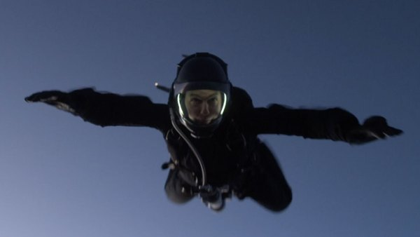 Tom Cruise performs HALO jump in Mission: Impossible - Fallout