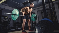 Physical athlete weightlifting