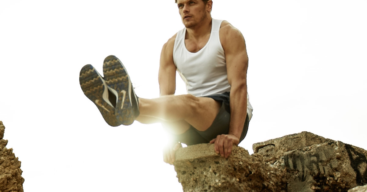 'Outlander' Star Sam Heughan's Bodyweight Workout