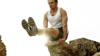 Sam Heughan's Bodyweight Workout