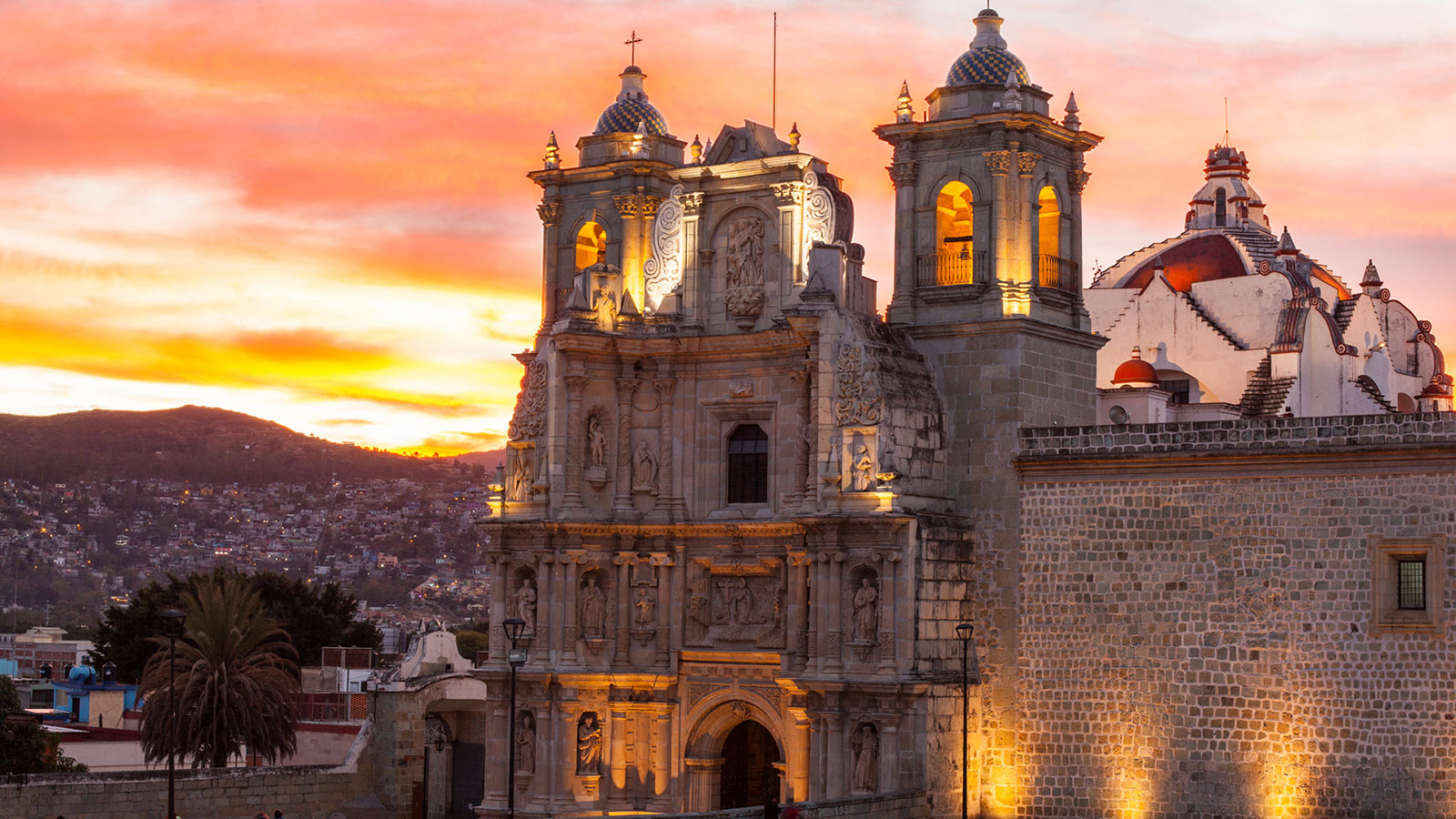 Street Markets, Mesoamerican Temples, and All the Mezcal: The 4-day Weekend in Oaxaca