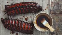 Pomegranate and red wine glazed pork ribs