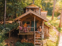 Off the grid cabin in the Green Mountains