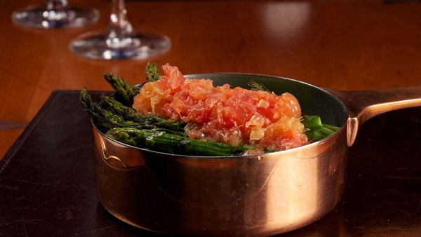 Grilled asparagus and grapefruit