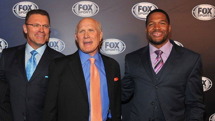 Howie Long, Terry Bradshaw and Michael Strahan attend the 2013 Fox Sports Media Group Upfront after party at Roseland Ballroom on March 5, 2013 in New York City. (Photo by Theo Wargo/Getty Images)