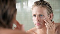 The Best Skincare Regimen to Prevent Acne, According to Dermatologists