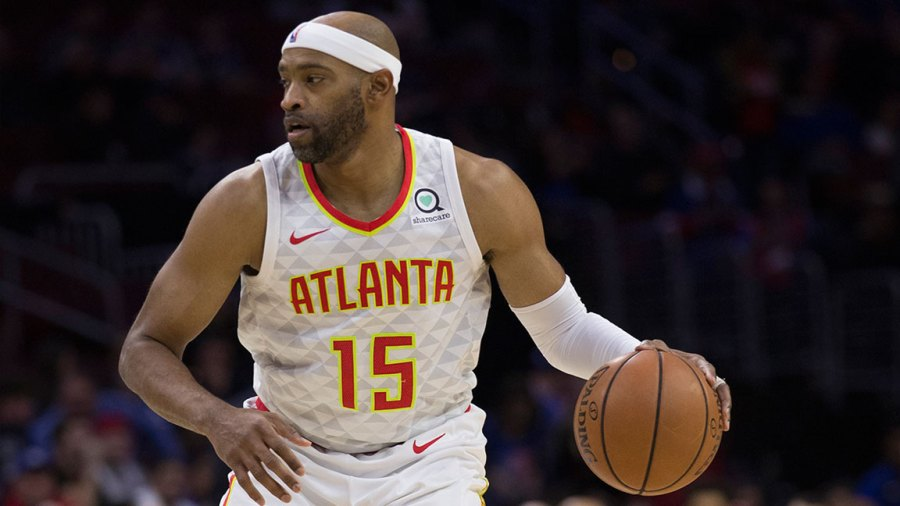Vince Carter #15 of the Atlanta Hawks dribbles the ball against the Philadelphia 76ers at the Wells Fargo Center on October 29, 2018 in Philadelphia, Pennsylvania. NOTE TO USER: User expressly acknowledges and agrees that, by downloading and or using this photograph, User is consenting to the terms and conditions of the Getty Images License Agreement. (Photo by Mitchell Leff/Getty Images)