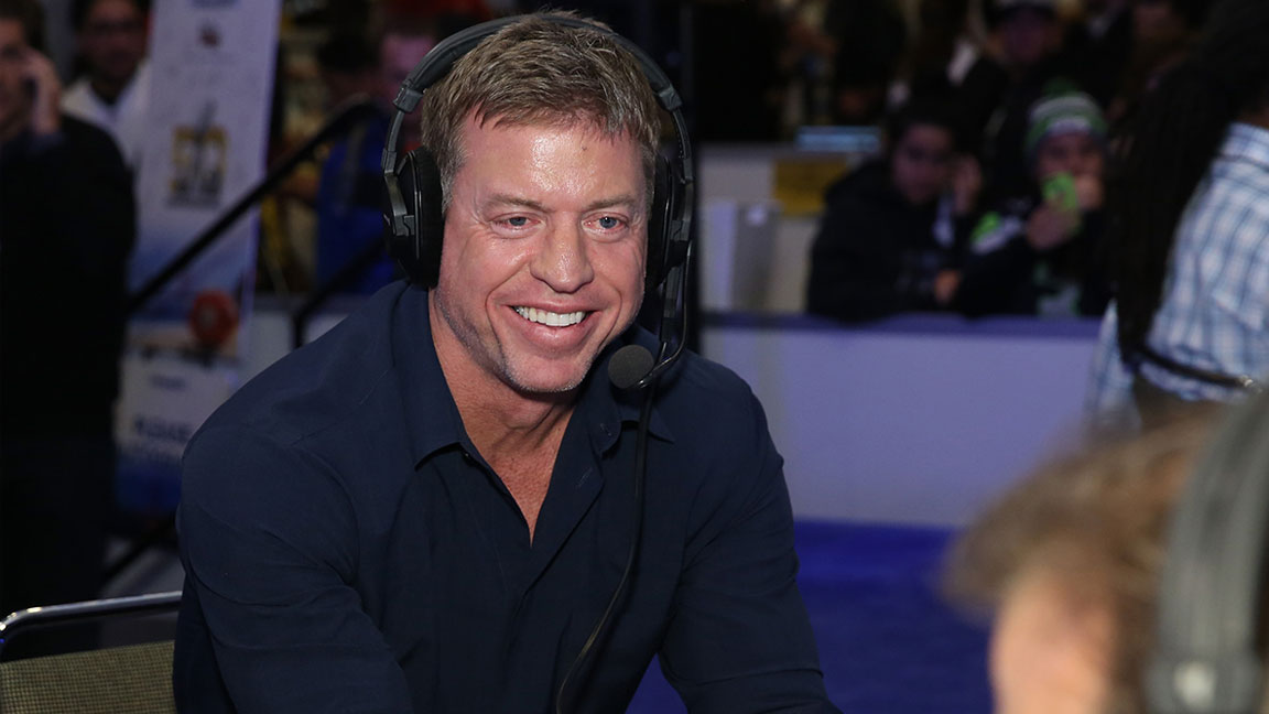 How Fox Sports Analyst Troy Aikman Trains and Prepares to Stay at the Top of His Game